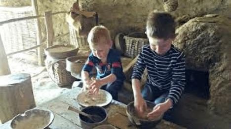 Dafydd Roberts Sir Benfro Castell Henllys 3